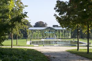 2016_parc-culturel-de-rentilly-chateau-veilhan_adagp-2014-martin-argyroglo-5