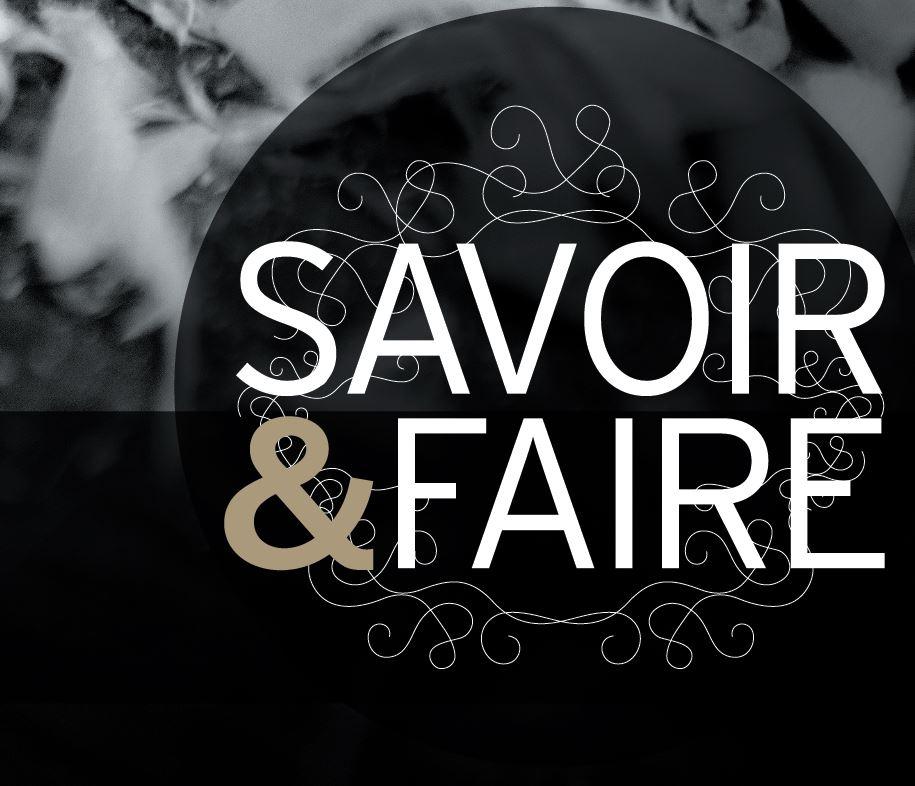 Logo Savoir & Faire symbolisant les compétences des artistes et artisans d'art de Marne et Gondoire. Rond noir avec écritures Savoir Faire blanches, l'esperluette est dorée. Les arabesques autour sont blanches.